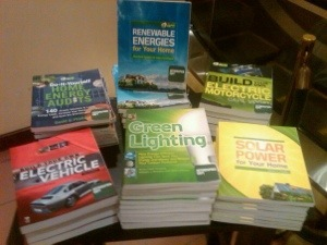 Green Guru Guide books from Green Living Guy at Barnes and Noble in Santa Monica, CA