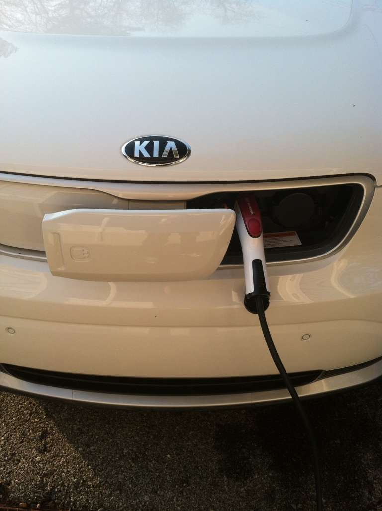 Kia Soul electric car charging