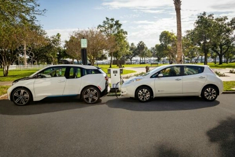 A total of 120 dual-port 50kW DC Fast-charging stations have been installed across 19 states to support longer distance electric vehicle travel for Nissan LEAF and BMW i3 drivers.